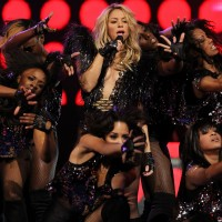 Shakira también formó parte del show. (Photo by Ronald Martinez/Getty Images)