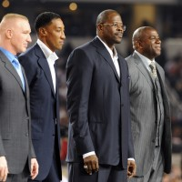 Reconocimiento a Chris Mullin, Scottie Pippen, Patrick Ewing y Magic Johnson, miembros del Dream Team original de 1992. Copyright 2010 NBAE (Photo by Andrew D. Bernstein/NBAE via Getty Images)