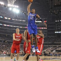 Dwight Howard, a punto de destrozar el aro. Copyright 2010 NBAE (Photo by Nathaniel S. Butler/NBAE via Getty Images)