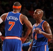 Anthony y Billups conversan durante el partido (Foto: Getty)